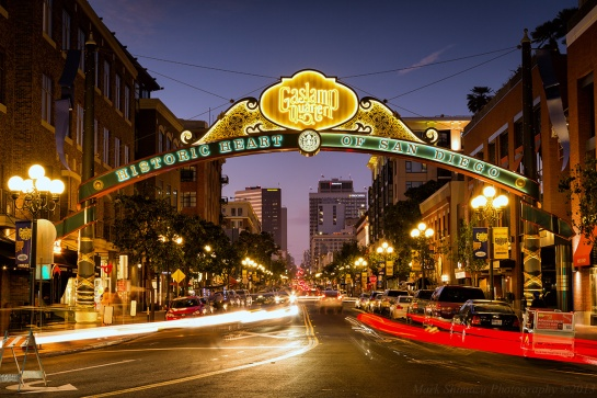 gaslamp_sign_quarter_san_diego_california
